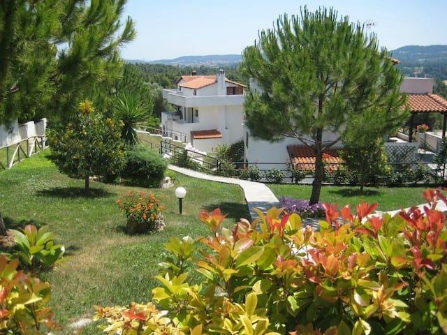 3 BD, Maisonette, Sea view in Elani Kassandra - Elani - บ้าน