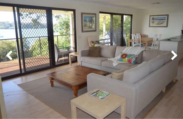 Karragarra Island family beach house