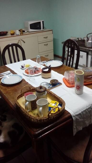 Comedor y Cocina a Leña