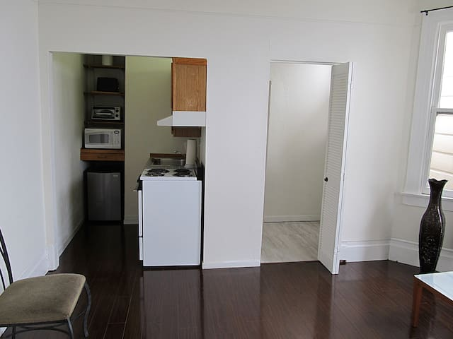 Comfortable 1 bedroom in Russian Hill