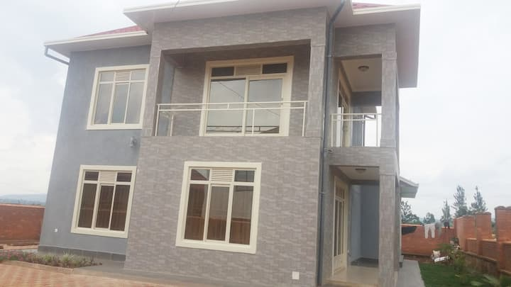 Full furnished house for rent
