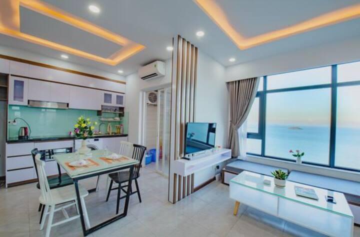 All rooms fantastic sea view 2 bedroom apartment