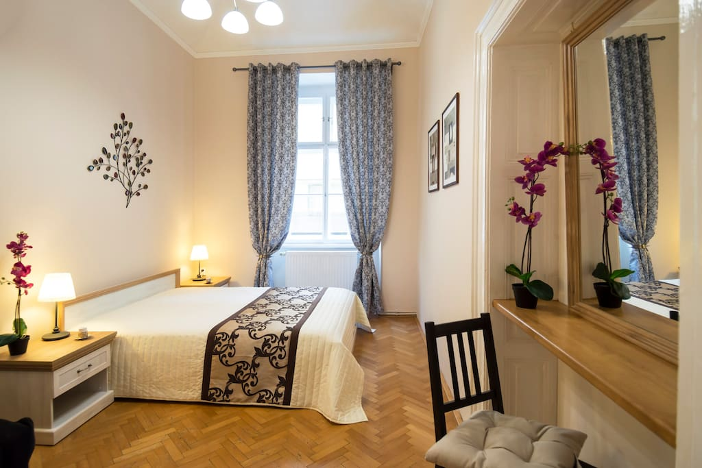 Central spacious apartment - Apartments for Rent in Prague ...