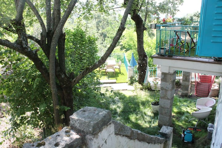 Casita con jardín en Cercedilla