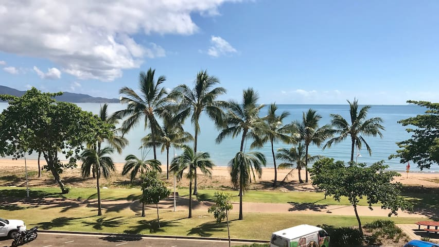The Strand, Townsville -Penthouse Luxury Apartment - North Ward - Apartamento