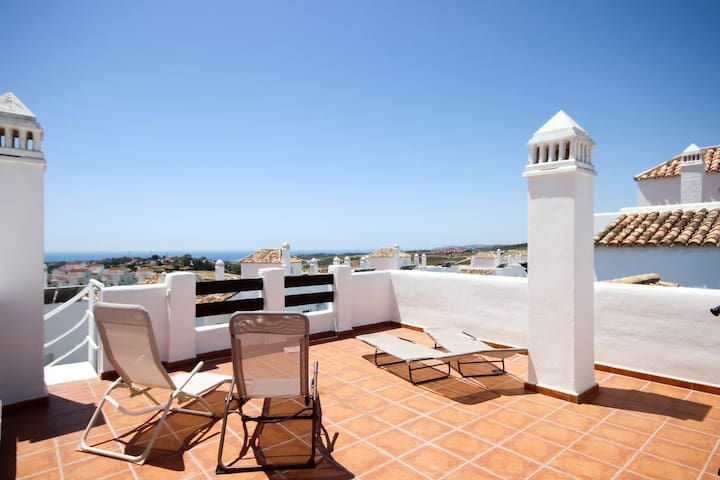 1968 - 2 bed apartment, Valle Romano, Estepona