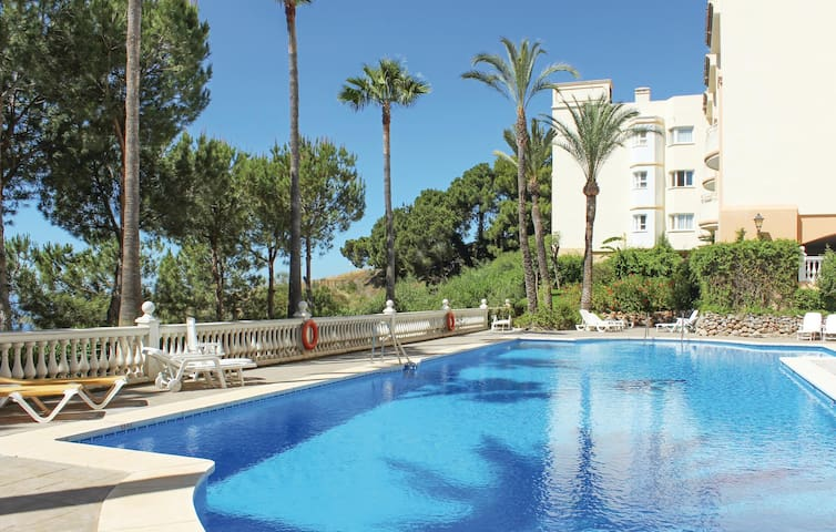 Holiday apartment with 2 bedrooms on 70m² in Calahonda Mijas