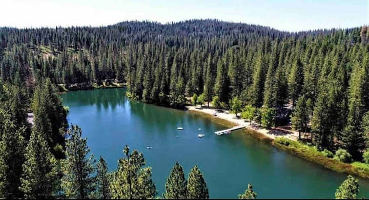 Tanner Lake Lodge free access to lake