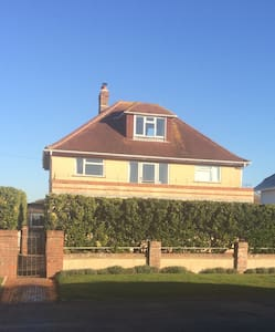 Beach house with large garden - Great for families - West Wittering