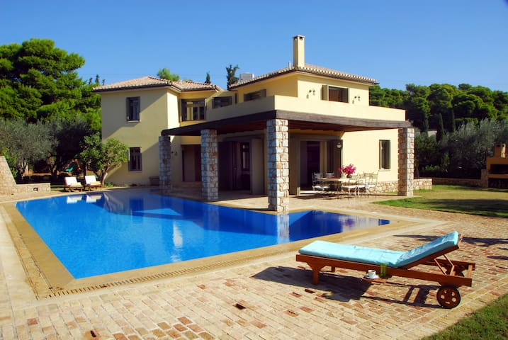 villa Mare Sole in Costa, large pool, view Spetses - Kosta - House