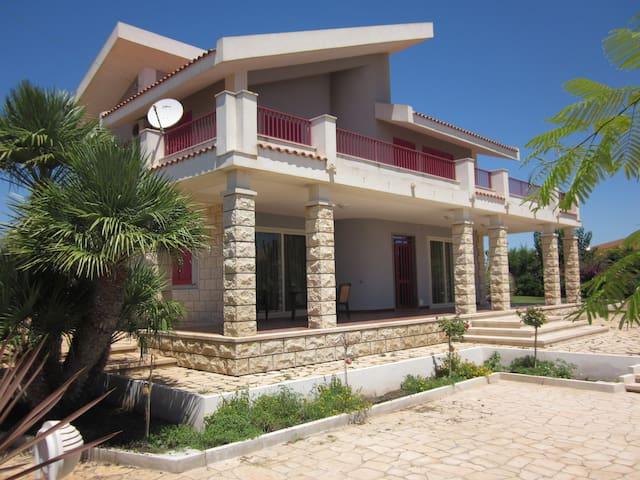 Villa Baia Maganuco - Mare Divertimento Cultura - Marina di Modica - Casa de camp