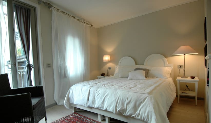 Charme Suite in the old town - Rovereto - Inap sarapan