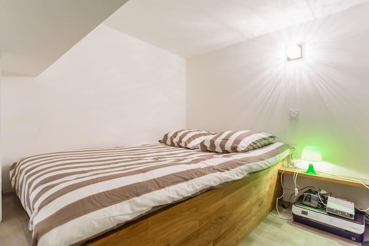 chambre 2 lit double