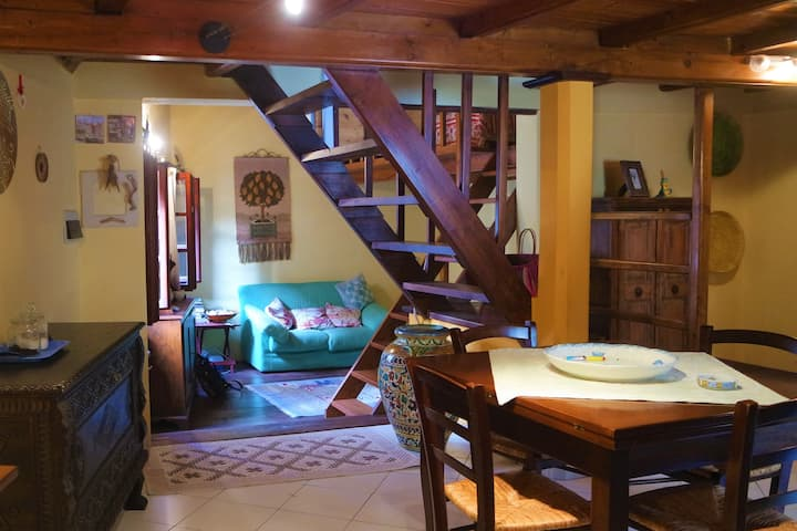 Graziosa casa antica nel cuore di Alghero
