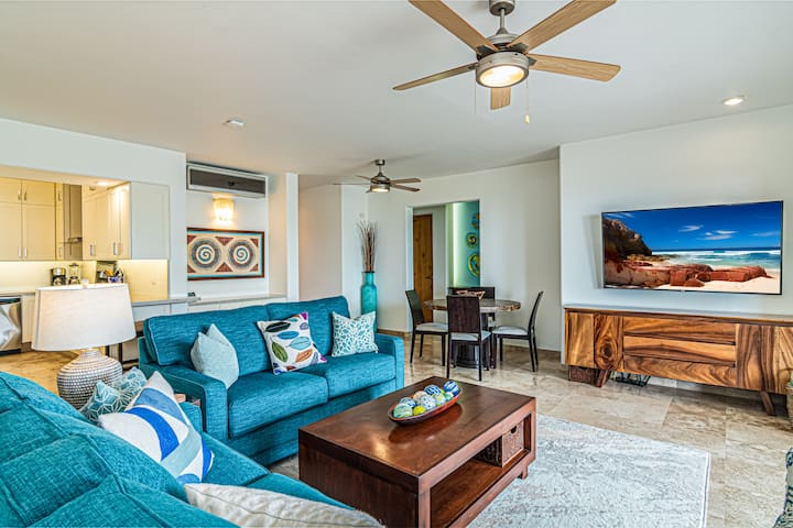 Beautiful Modern Ground Floor Condo with Ocean view and Private Patio!