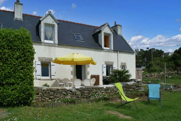 Modern Holiday Home with Private Garden in Plouhinec