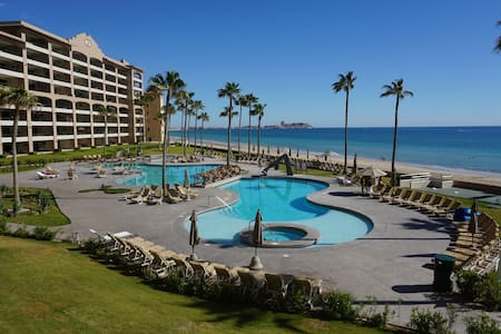 **REDUCED** Sonoran Spa Ocean Front 2 Bd/2B Condo!