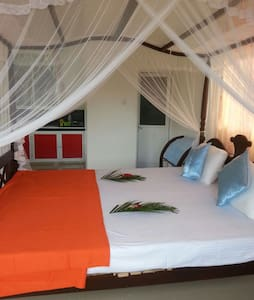 Villa jungle paradise 1st floor roo - Unawatuna