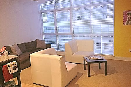 Luxury Apartment with Skyline Views
