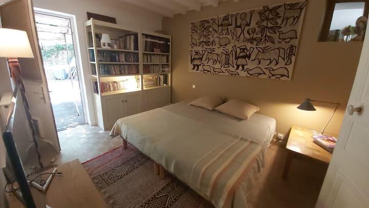 Chambre sur jardin et petit-dej, 4km de Chambord