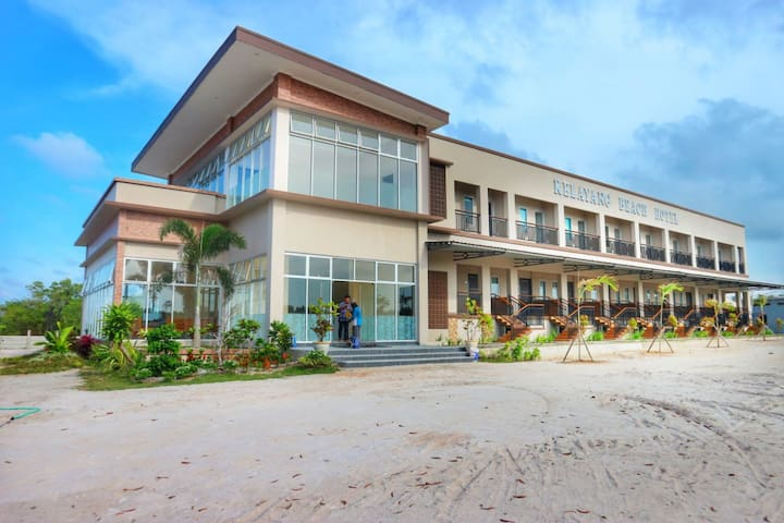 KELAYANG BEACH HOTEL