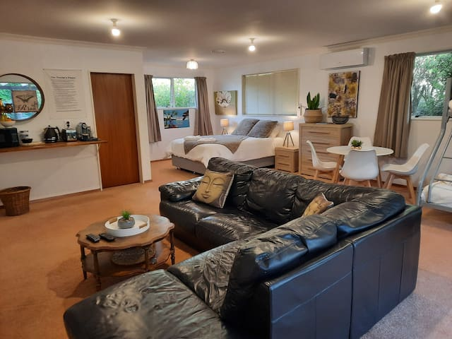 Modern, Large, Private Studio close to town