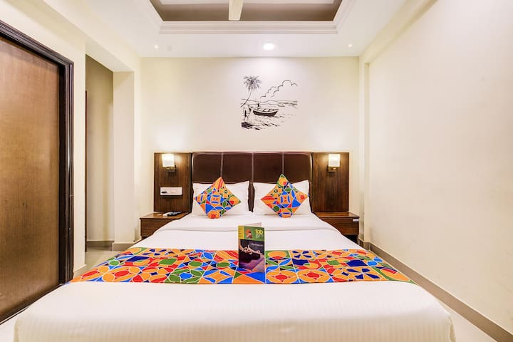 The POP Art Rooms at the heart of Goa(Swimming Pool )