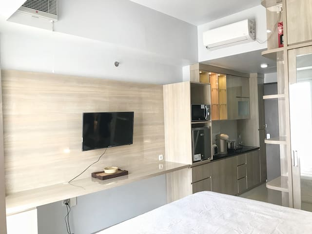 Studio Room Mustika Golf Residence
