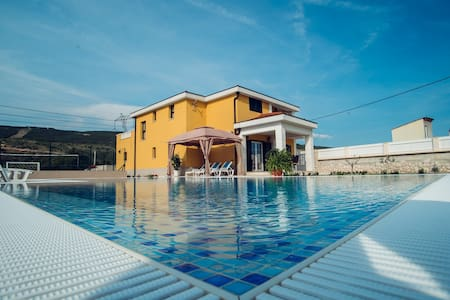 LUXURY  RELAX VILLA  SPLIT COUNTY - Donji Proložac - 別墅