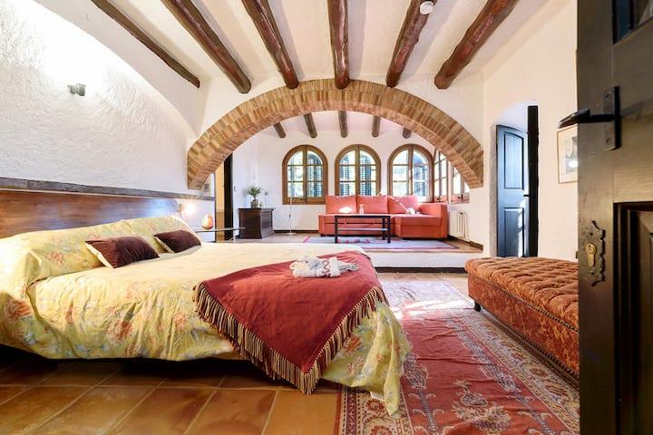 Habitación (Abeto) en Masía del Siglo XV