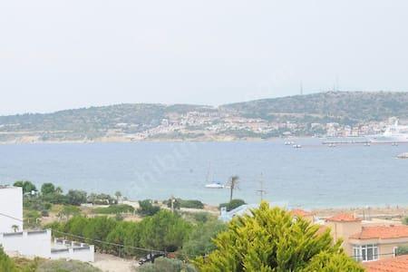 Villa with a private pool, garden and hobby room - Ovacık Köyü - วิลล่า