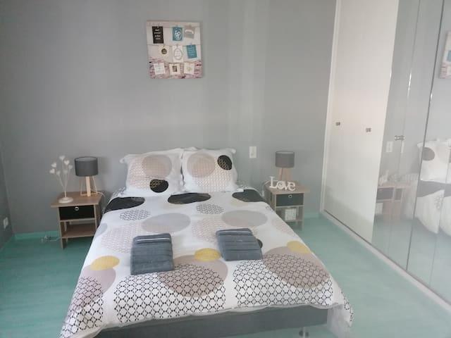 Chambre 1 - LOVE Vendée