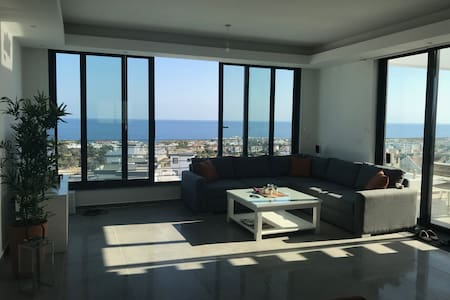 Exclusive new apartment with great sea view