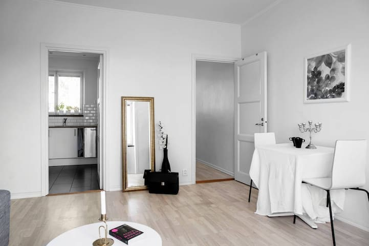 Top Modern Apartment in Central Stockholm