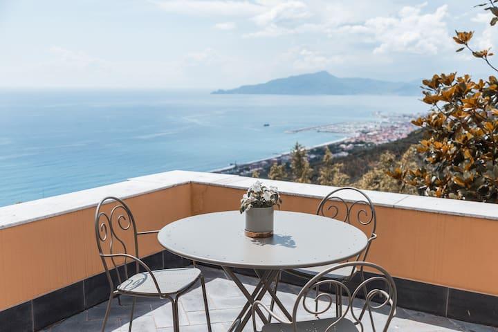 """Villa Riviera: suite with terrace """"Portofino"""""""