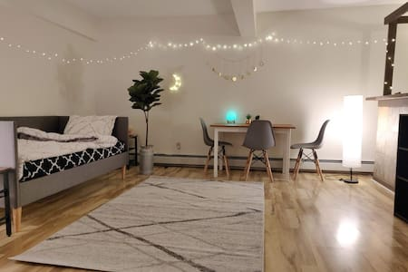 Moonlight Suite At TroyHouse
