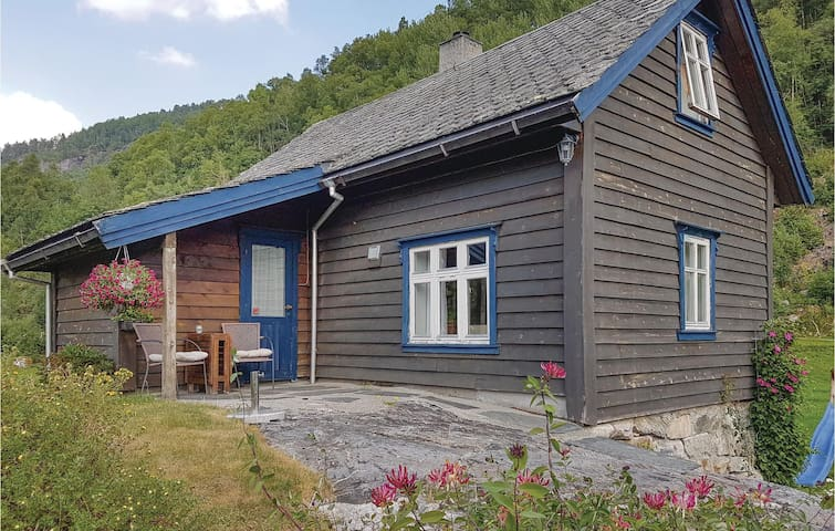 Holiday cottage with 2 bedrooms on 60m² in Mauranger