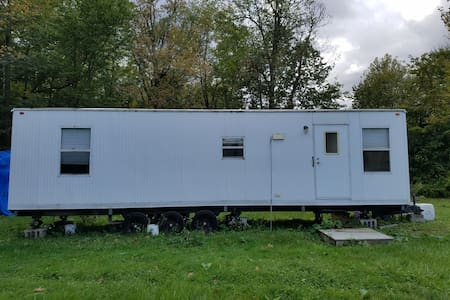 Quaint Mobile Home On Private Property