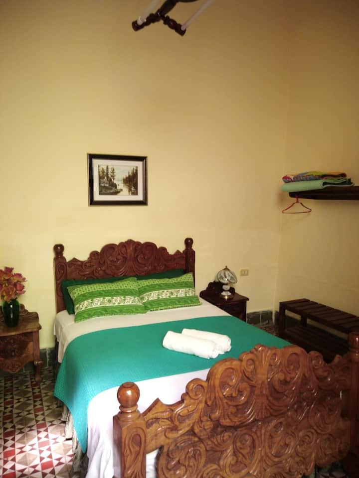 Hostal La Esmeralda Habitación 2