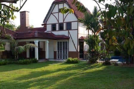 A'Famosa Villas - Alor Gajah