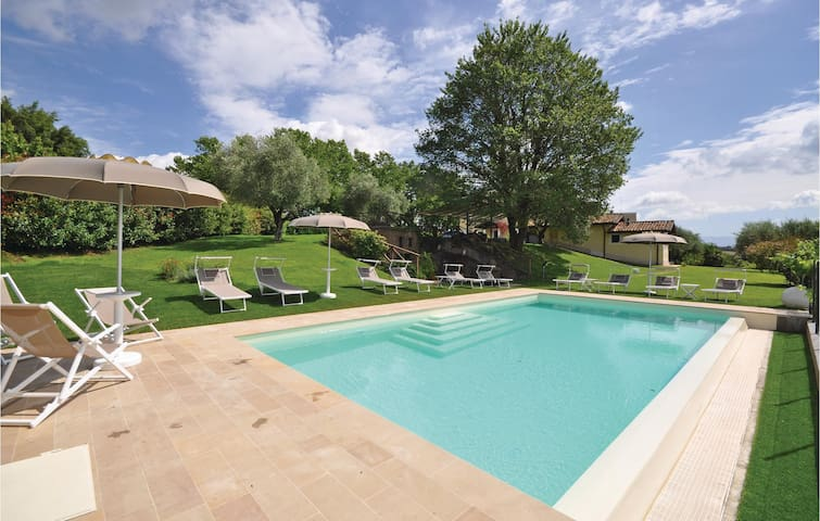 Holiday cottage with 8 bedrooms on 220 m² in Civita Castellana -VT-