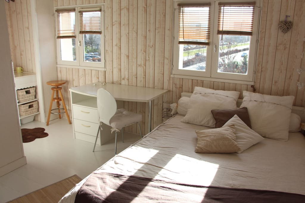 Chambre studio proche bordeaux maisons louer cenon for Louer studio a bordeaux