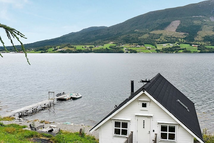 6 person holiday home in Vestnes