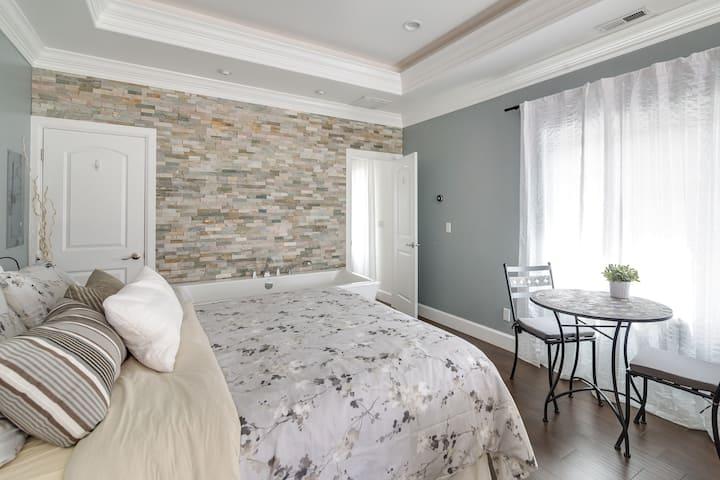 Relaxing NEW Getaway Suite! (Wasatch Skyline)