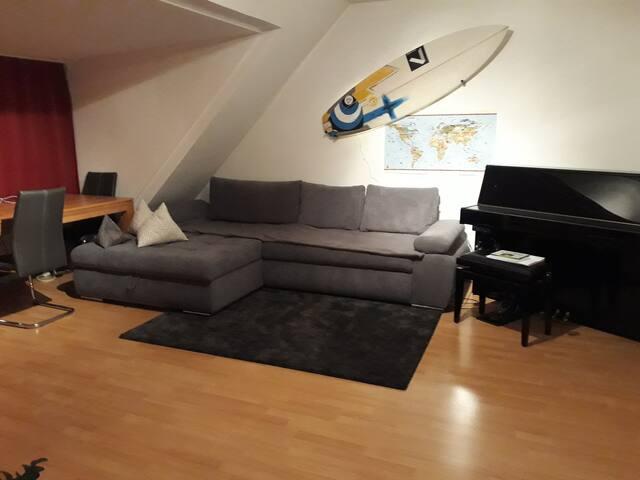 große 1-Zimmer-Wohnung, zentral und trotzdem ruhig