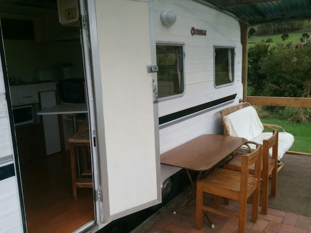 Refurbished Family Van - Golden Valley - Camper