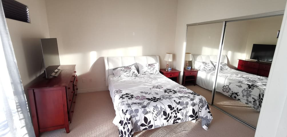 San Gabriel Valley master suite with TV & balcony
