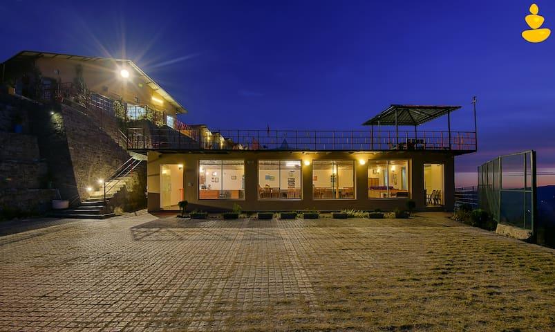 LivingStone Eco Resort   Group Offer   Deluxe Room