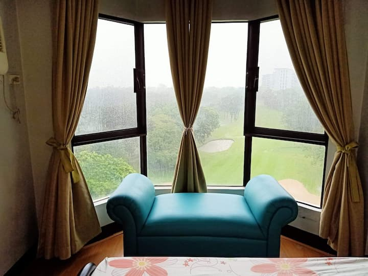 1 Bedroom Suite Facing Golf Course