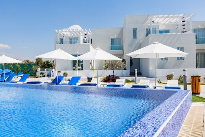 165011 - BD · 165011 - BD · 165011 - BD · Blue Diamond Beach Villas (Paphos 100m from  beach)